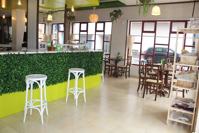 GREEN CAFE 1